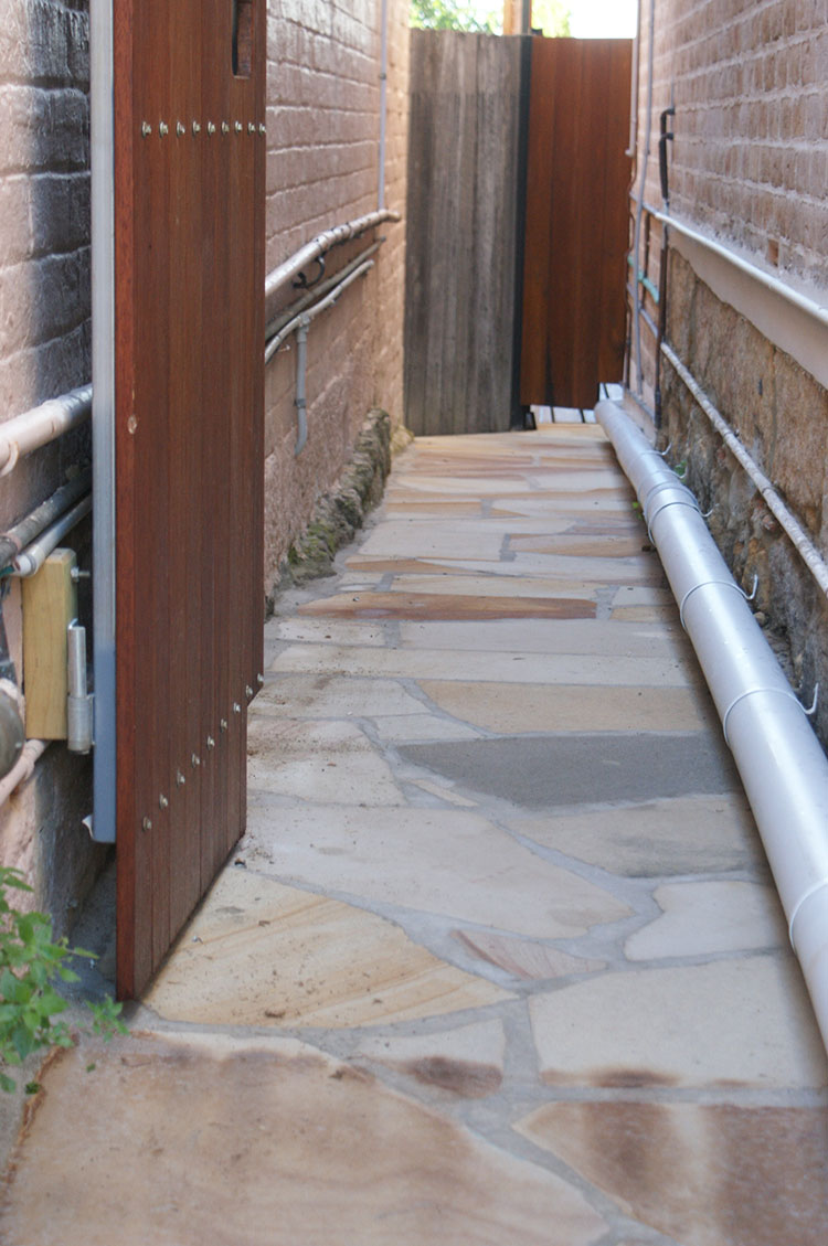 Australian Sandstone Random Flagging 30mm thick